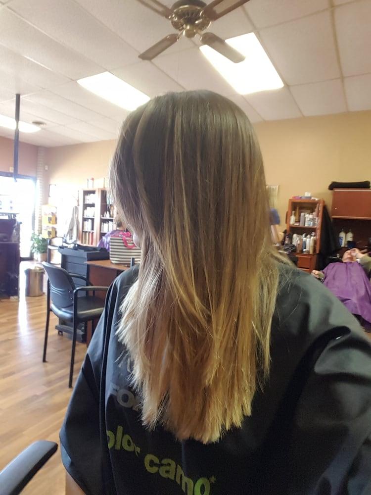 Majestix salon coiffeurs salons de coiffure 11531 s for Escort girl salon de pce