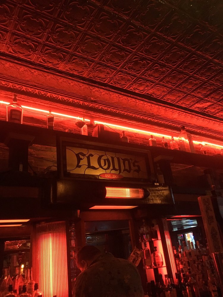 Floyd's Thirst Parlor: 212 S 5th St, Springfield, IL