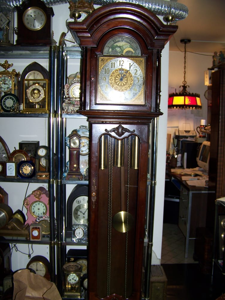 Tick Tock Clock Shop: 149 W Maryland Ave, Aldan, PA