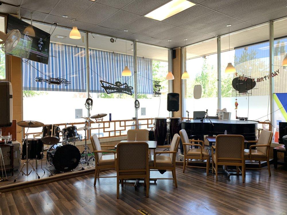 Tiger Bar: 2885 78th Ave SE, Mercer Island, WA