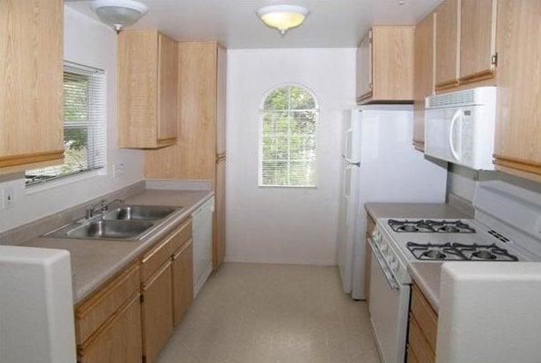 Ridgewood Village Apartments 12435 Heatherton Ct San Diego Ca