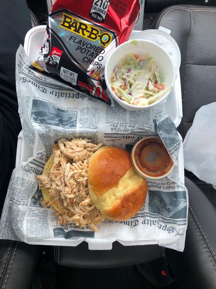 Riverside BBQ and Drive Thru: 2790 River Rd, Cincinnati, OH