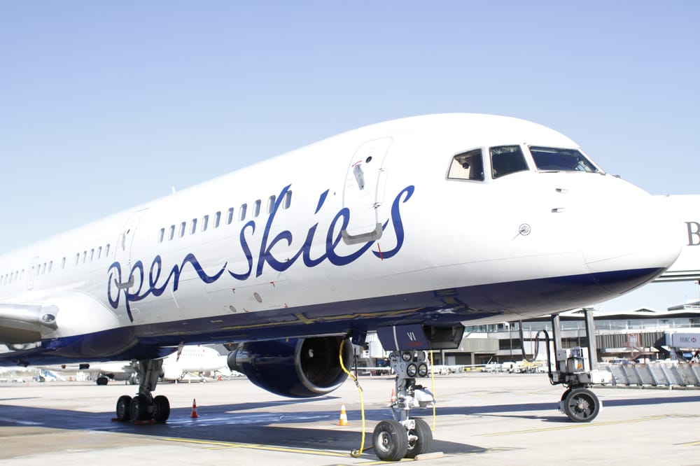 Openskies british airways 24 reviews airlines orly ouest orly paris france phone - Comptoir air france orly telephone ...