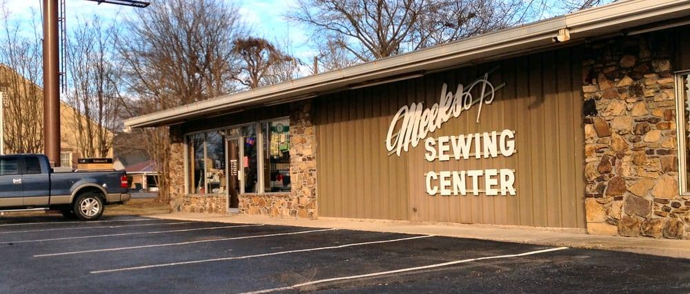 Meeks Sewing Center: 305 S Cass St, Corinth, MS