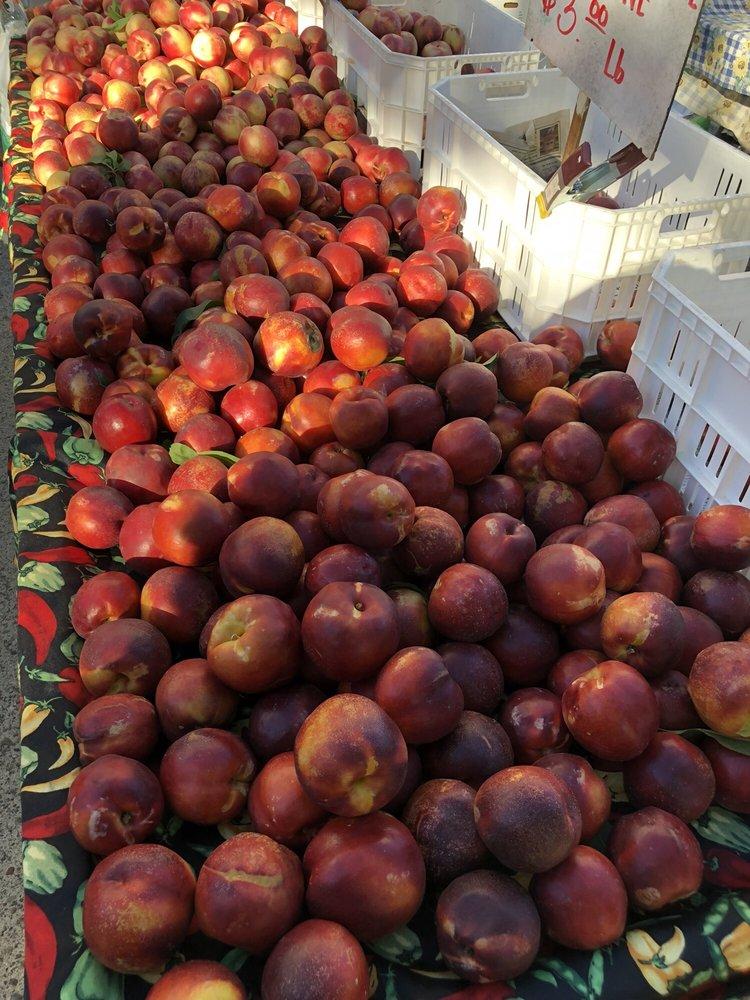 Red Bluff Farmer's Market: 600 Washington St, Red Bluff, CA