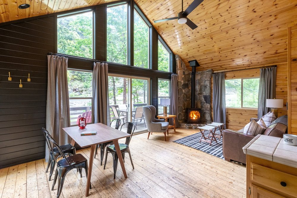 The Lure Resort: 100 Lure Bridge Ln, Downieville, CA
