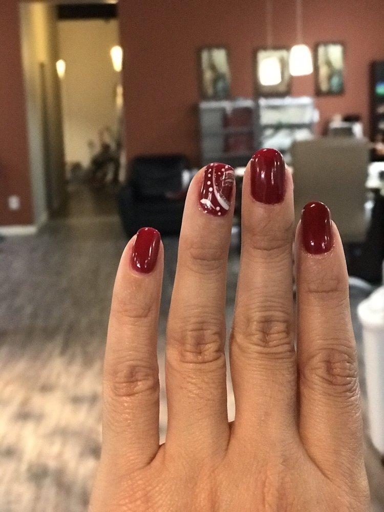 Starlett Nails & Spa: 2155 E University Dr, Tempe, AZ