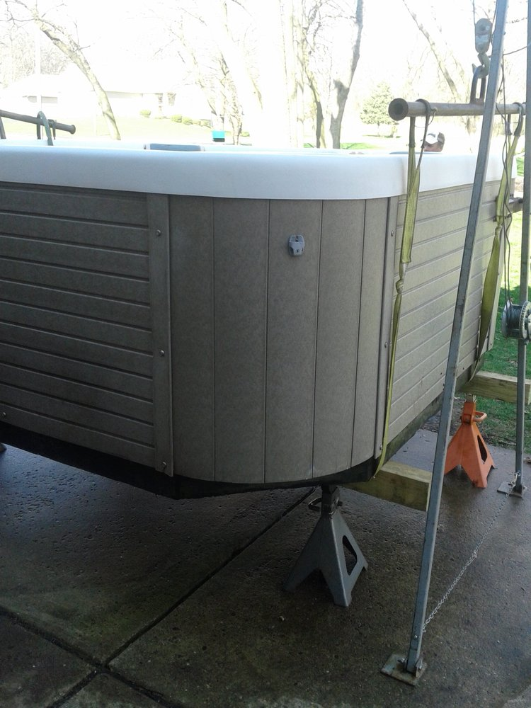 Hot Tub Tony'z: 220 Renrose Ave, Loves Park, IL