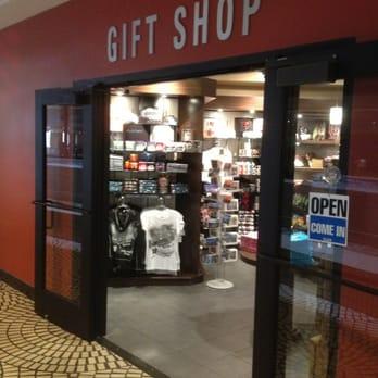 Hyatt Regency Gift Shop/Travel Traders - Gift Shops - 5 ...