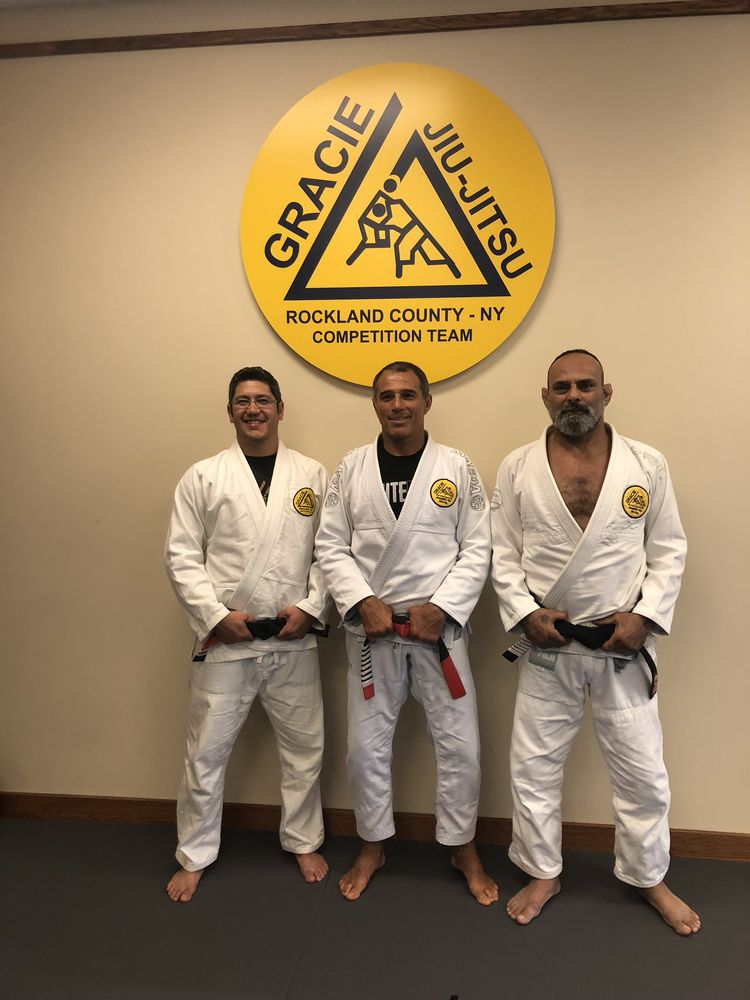 Dragon's Den Mixed Martial Arts: 183 W Rt 59, Nanuet, NY