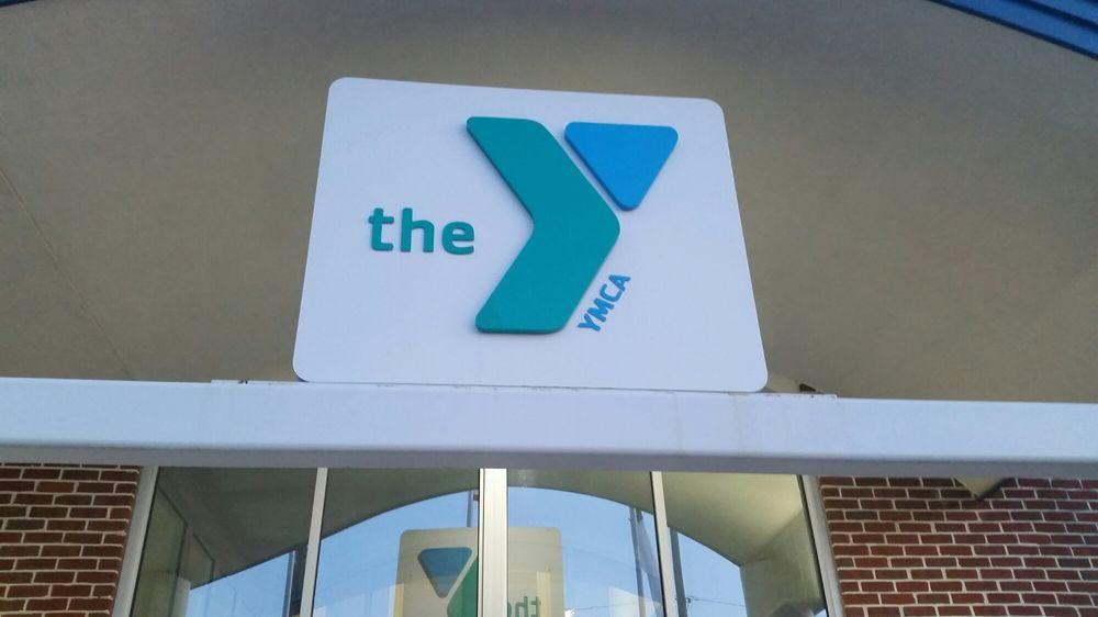 Chambersburg Memorial YMCA: 570 E McKinley St, Chambersburg, PA