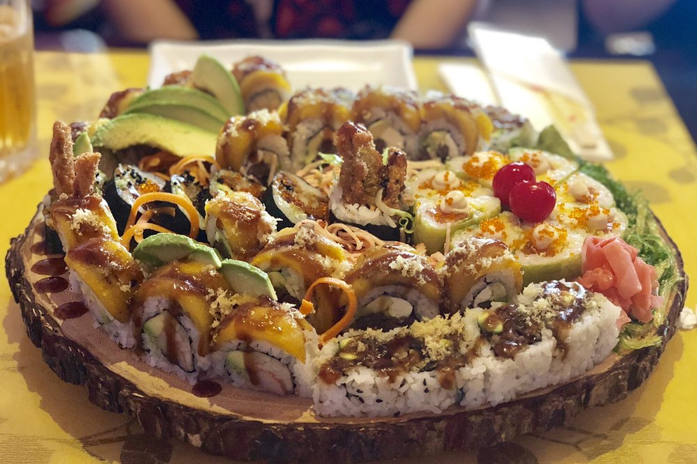 Sakura Sushi Bar: Valle Tolima El Rio Shopping Center Salida 18, Caguas, PR