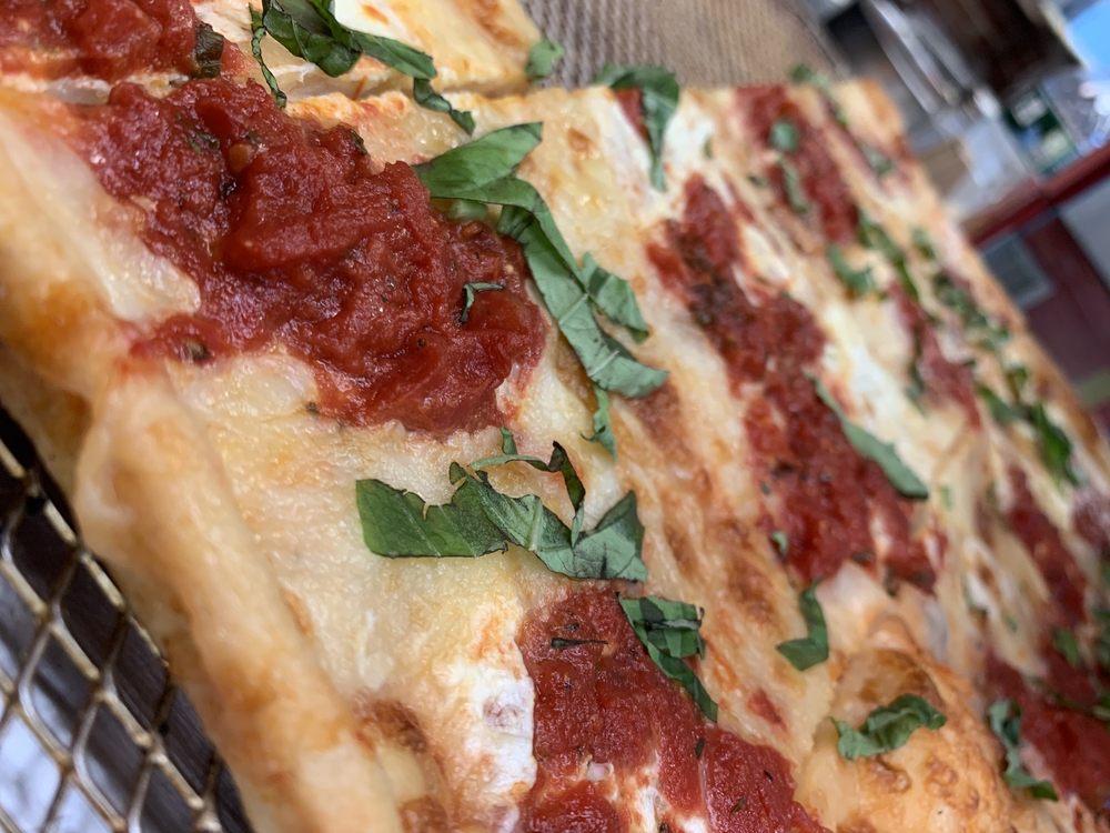 Santoni's Pizzeria and Restaurant