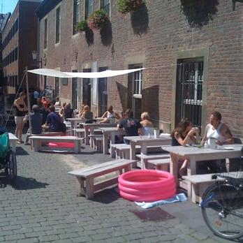 fyal central - 21 photos & 35 reviews - cafes - geisbergweg 8