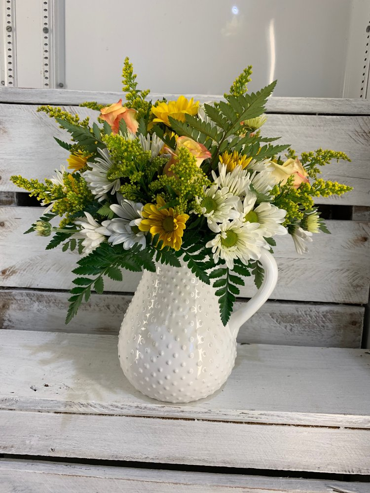 Fort Mill Flowers & Gifts: 2000 Highway 160 W. Ste 105, Fort Mill, SC