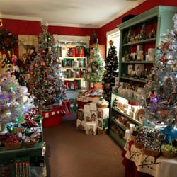 photo of chestnut cottage skaneateles ny united states can confirm halls - Skaneateles Christmas