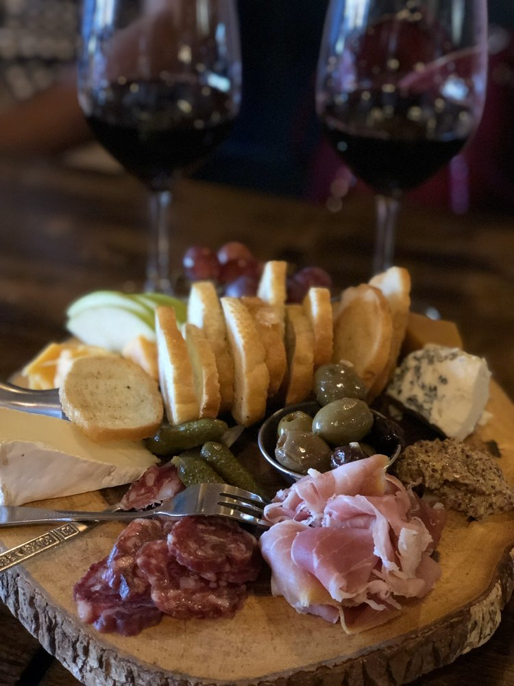Social Spots from Mile Wine Company