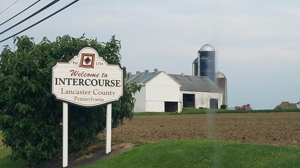 Intercourse Pennsylvania: 3542 Newport Rd, Gordonville, PA