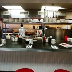 Awesome Mikes City Diner 363 Photos 570 Reviews Diners 1714 Download Free Architecture Designs Grimeyleaguecom