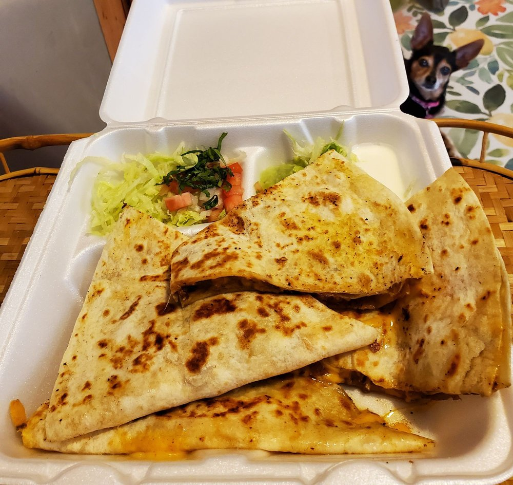 Food from California tacos shop