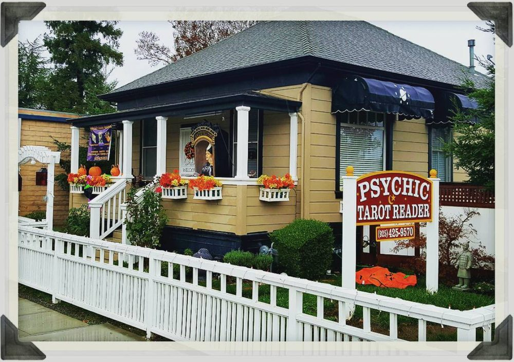 Psychic & Spiritual Tarot Card Reader Of Pleasanton
