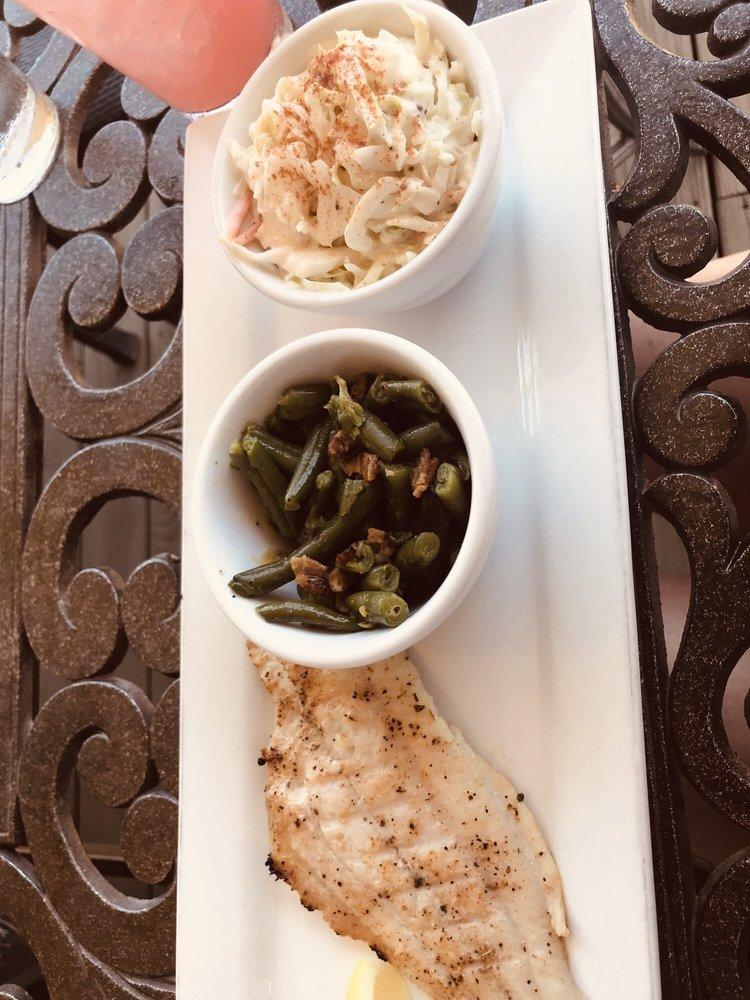 The Harbor Restaurant: 10000 Spur 294, Corsicana, TX