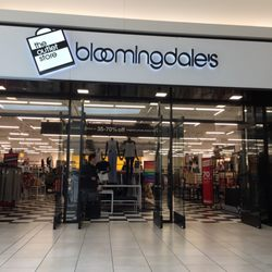 Photo of Bloomingdale's Outlet Fashion Outlets of Chicago - Chicago, IL,  United States