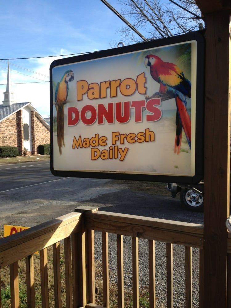 Parrot Donuts: 502 W Saint Marys St, Centerville, TX
