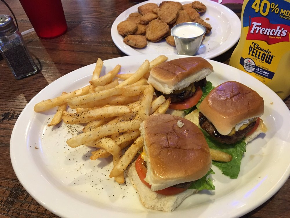 Billy's Bar & Grille: 6655 7th St, Bay City, TX