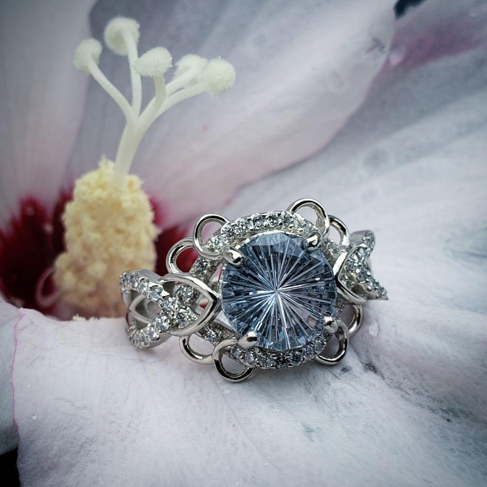 Jewelry Set in Stone: 105 1/2 S Main St, Chelsea, MI