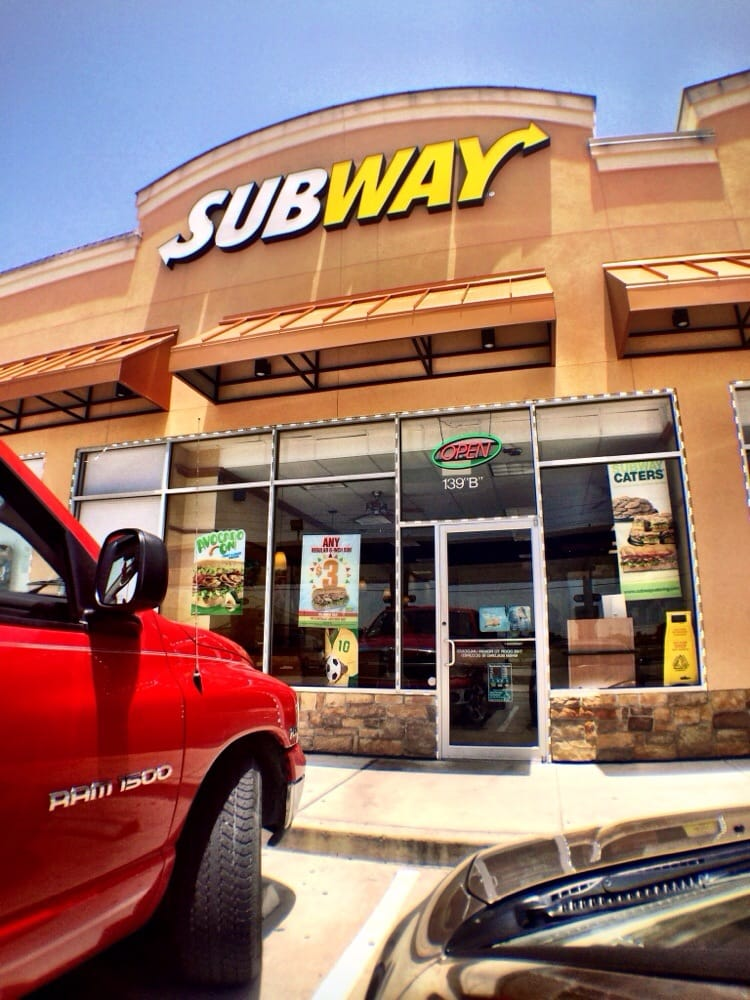 Subway: 139 S Ross Sterling Ave, Anahuac, TX