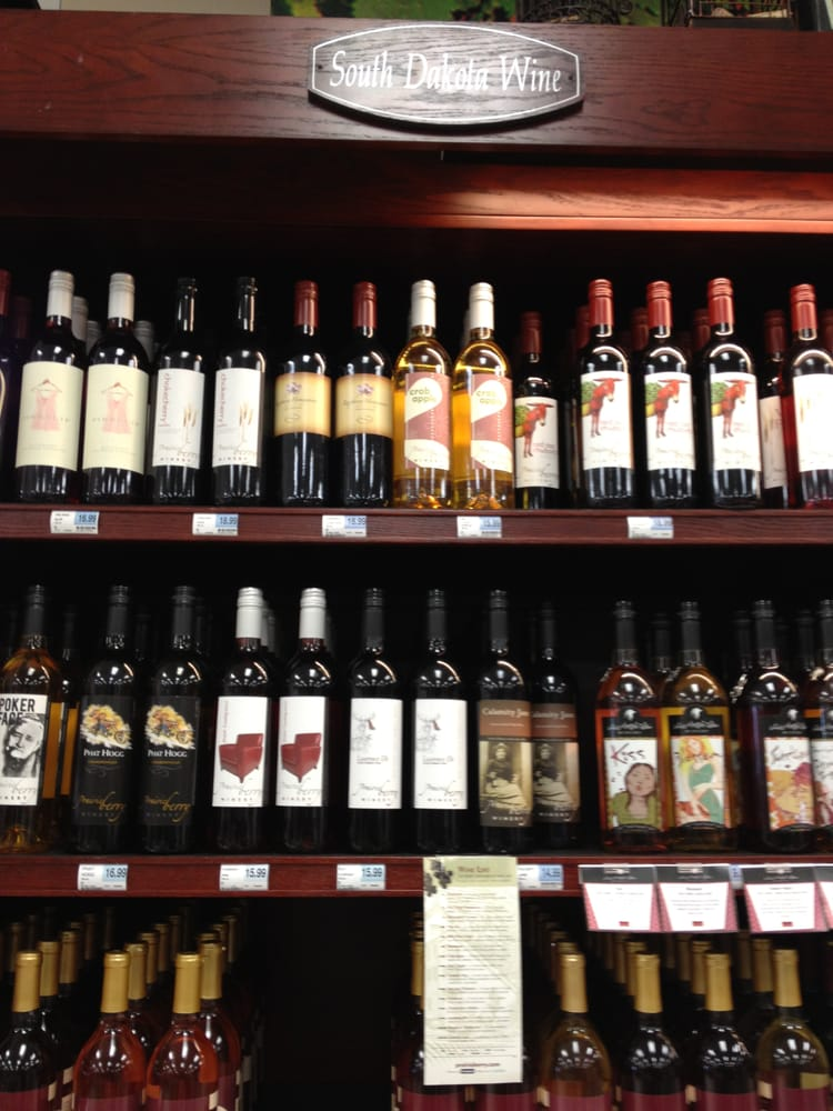 Hyvee Wine & Spirits: 1341 9th Ave SE, Watertown, SD