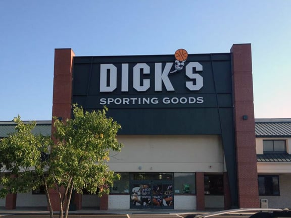 DICK'S Sporting Goods: 1 Mall Rd, Barboursville, WV