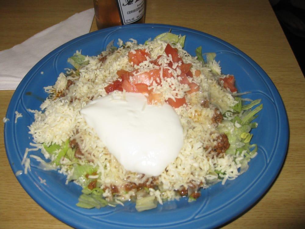 La Fiesta Brava Mexican Restaurant: 12686 US 45, Macon, MS