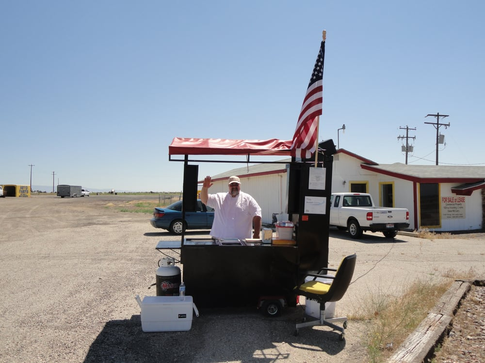 KyleStyle European Sausages and Hotdogs: Gunfighter St Between Bx And Commissary, Mountain Home, ID