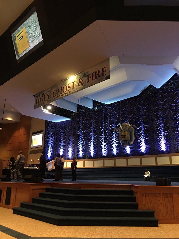 Word of Faith Christian Center: 20000 W 9 Mile Rd, Southfield, MI