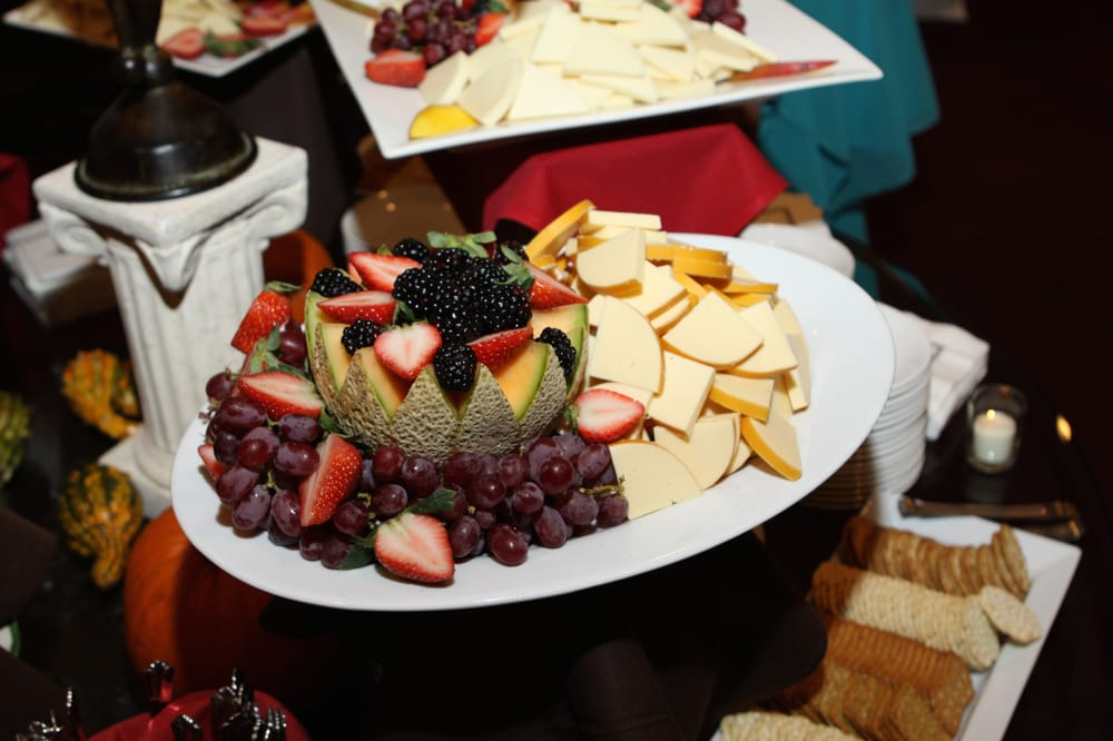 Catering by Royal Gourmet: 6092 Sullivan Trl, Nazareth, PA
