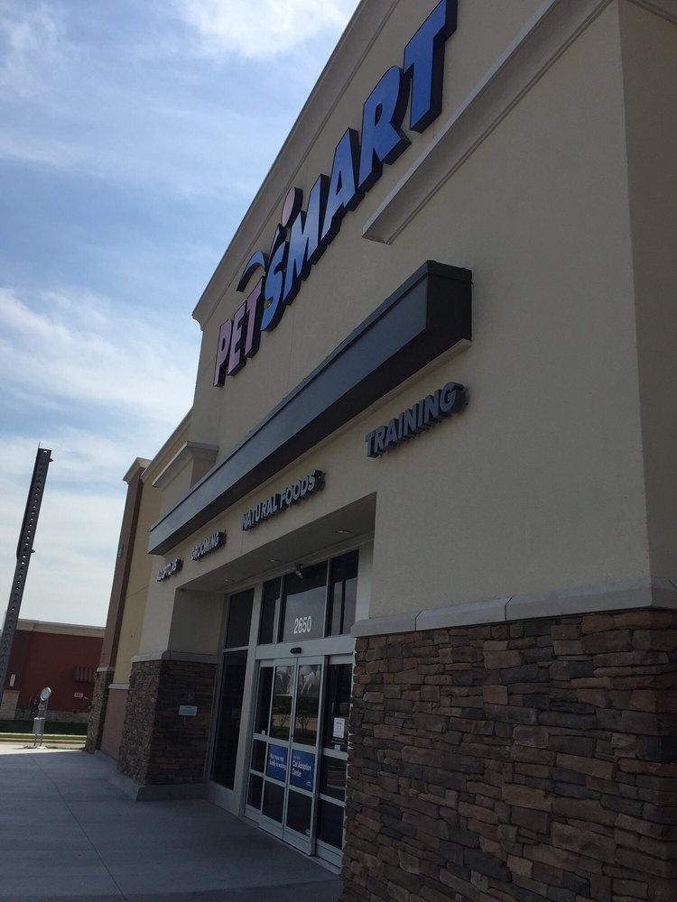 PetSmart: 2650 NE Vivion Rd, Kansas City, MO