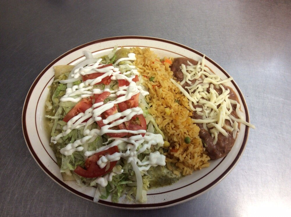 Lino's Mexican Grill: 330 Nelson Blvd, Montrose, MN
