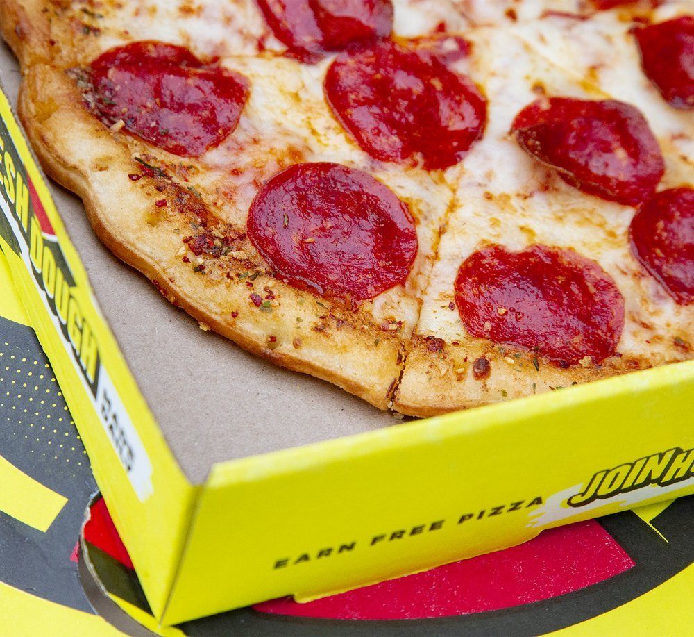 Hungry Howie's Pizza & Subs: 1124 N Main St, Bushnell, FL
