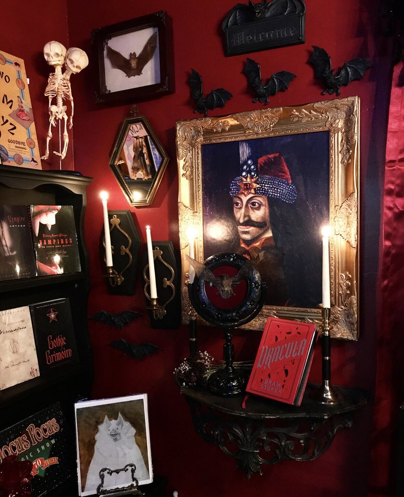 The Glass Coffin: Vampire Parlour