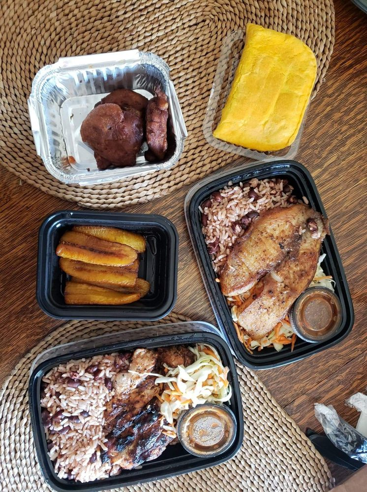 Food from Yahso Jamaican Grille