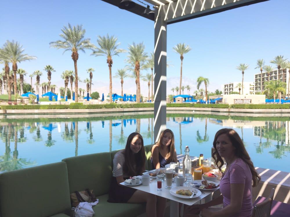 Jw Marriott Palm Desert Eating Breakfast At Rockwood