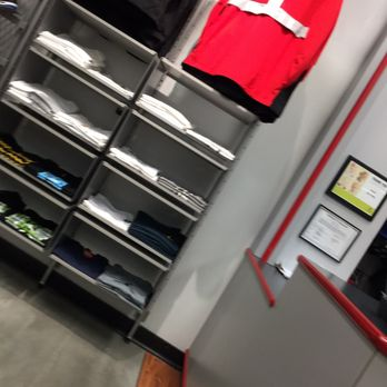 Dtlr 19 Photos Accessories 6910 Fayetteville Rd Durham Nc