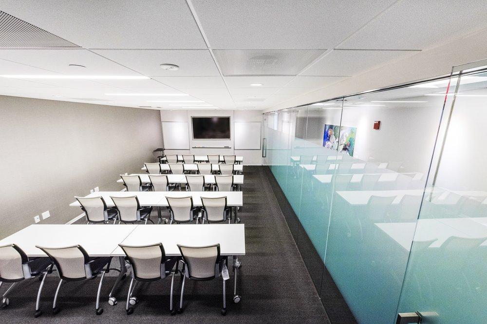 AdvantEdge Workspaces: 5335 Wisconsin Ave NW, Washington, DC, DC