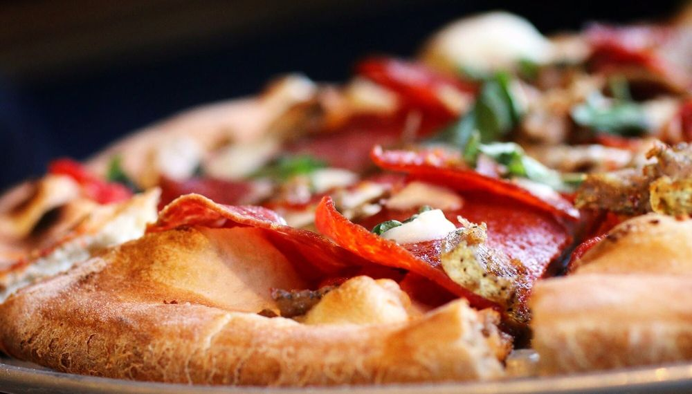 Roma's Old Town Wood-Fired Pizzeria: 21 N Loudoun St, Winchester, VA