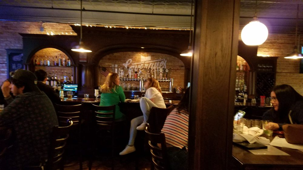 Lavergne's Tavern - Berwyn