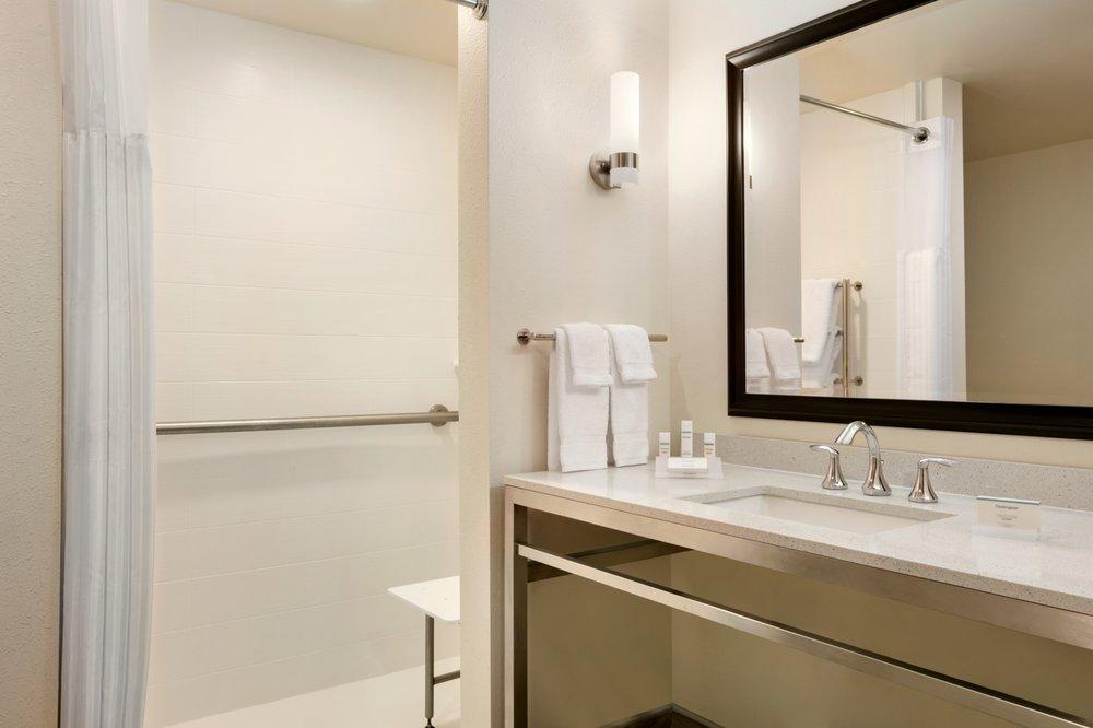 Hilton Garden Inn 16 Foto Hotel 1017 Gateway Crossing Dr Statesville Nc Stati Uniti