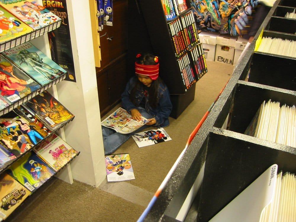 Dreamstrands Comics & Such: 115 N 85th St, Seattle, WA