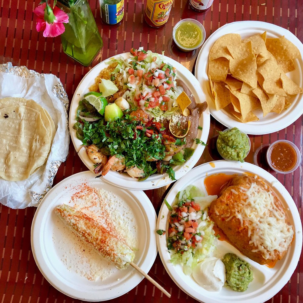 Food from El Taco Riendo
